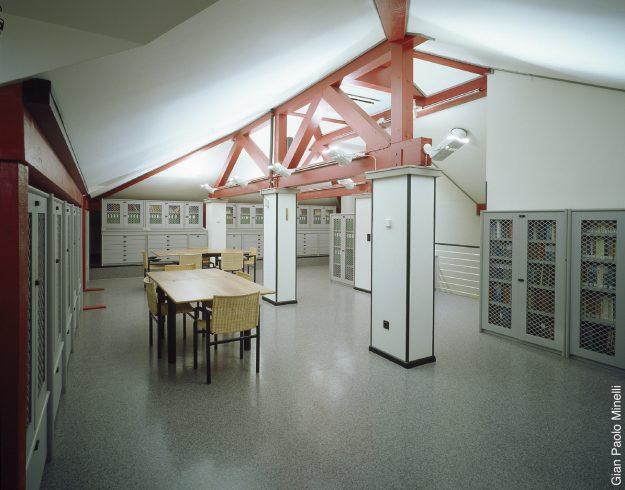biblioteca-sala lettura